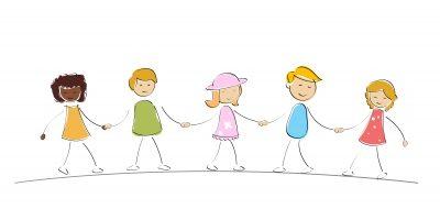 Cadena formada por niños de la mano